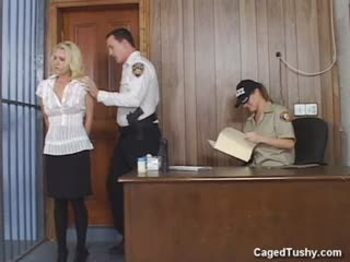 Fit blonde Brandi Edwards goes to jail