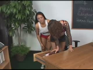 Lesbian Gets Her Ass Licked In Class